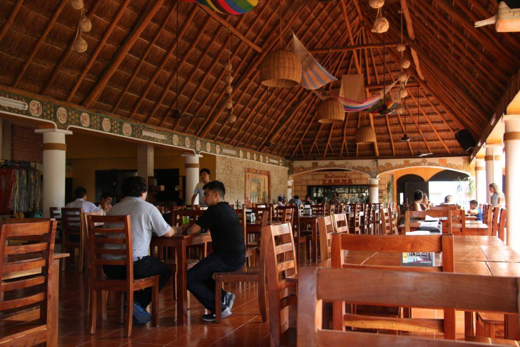 The restaurant Zamna